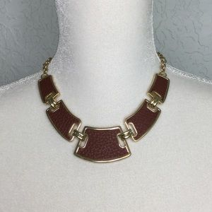WHITE HOUSE BM. Gold and Brown Leather Necklace